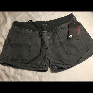 ROXY.com linen blend green shorts tie waist NWT